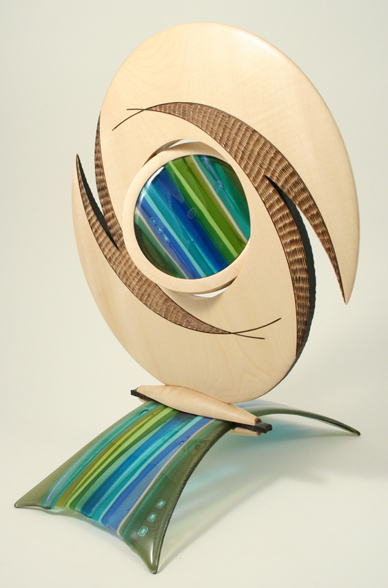 Discus sculpture fused glass base
